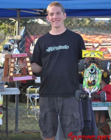 Aaron Stringer Rocks Australia